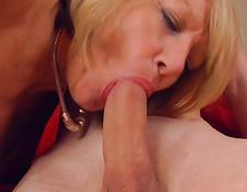 Amateur selbstgemachte russische mami mit Sohn