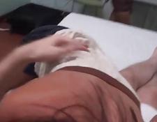 unzensiertes asiatisches haariges mädchen in schulausstattung fickte